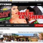Bikini Crashers Automatische Incasso